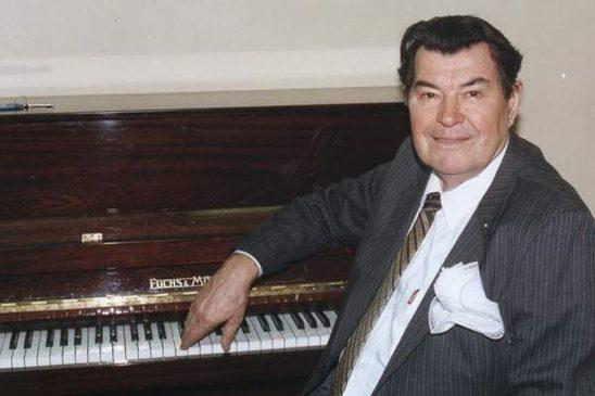 Борис Тимофеевич Штоколов