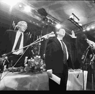 Сэр Майкл Кейн и первый лауреат Букера Марк Харитонов
