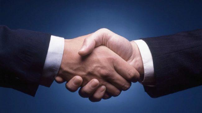 В основе нетворкинга лежит теория «шести рукопожатий»