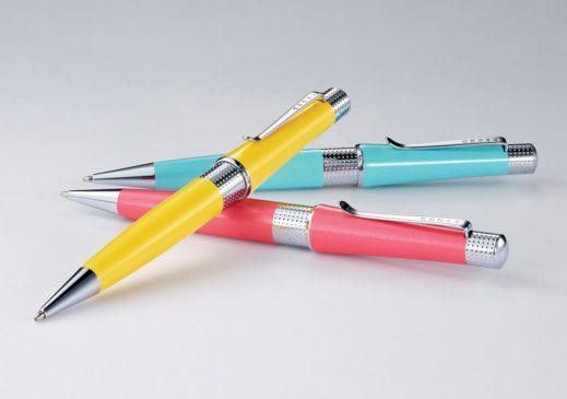 Сегодня шариковая ручка практически незаменима