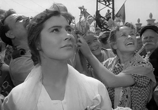 Кадр из фильма (Вероника - Татьяна Самойлова)