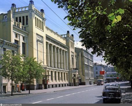 Здание театра «Ленком»