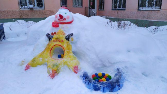 снеговикм